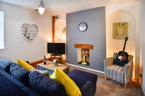 31 Cambrian Place, Swansea - Guest Homes