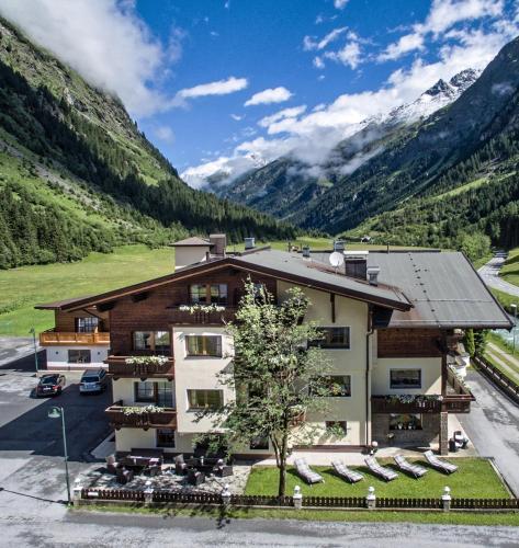 Hotel Möderle St. Leonhard / Pitztal