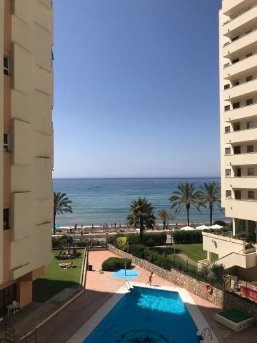 . Neptuno Beachfront Apartments