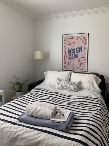 Backpacker College near McGill University - Private Single Room