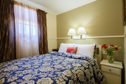 Marina Motel - image 3