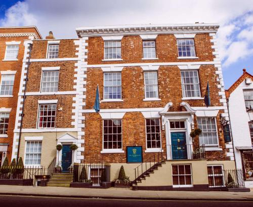 The Townhouse Chester; Bw Signature Collection, Chester