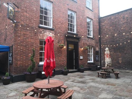 The Commercial Bar & Hotel Chester