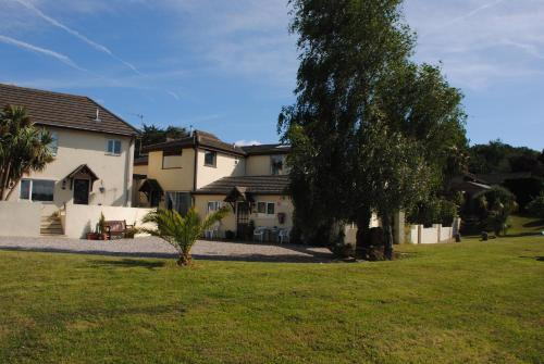 . Devon Palms Holiday Apartments and Cottages