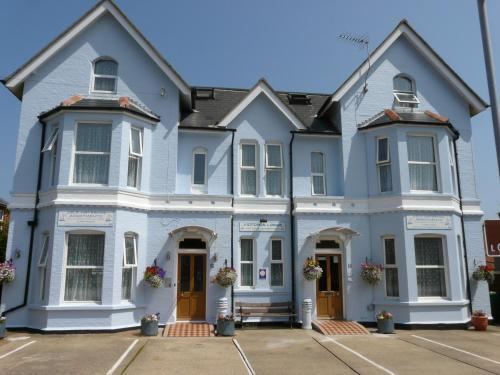. Victoria Lodge
