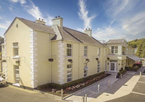 . Millbrook Lodge Hotel