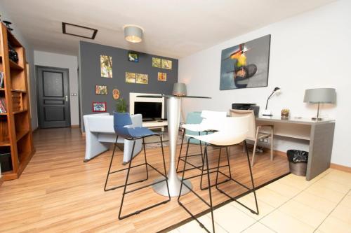 . T3 Sweet'Home La Bretagne, 3 étoiles - 55 m2 - Proche de l'Aéroport