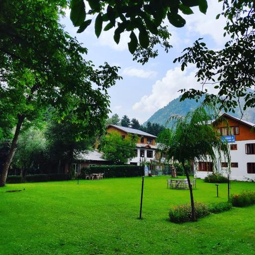 . Zebrina Guest House Pahalgam