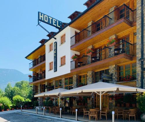 . Hotel Eriste