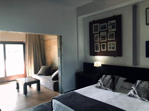 Deluxe Double Room with Pool View Hotel Monument Mas Passamaner 11