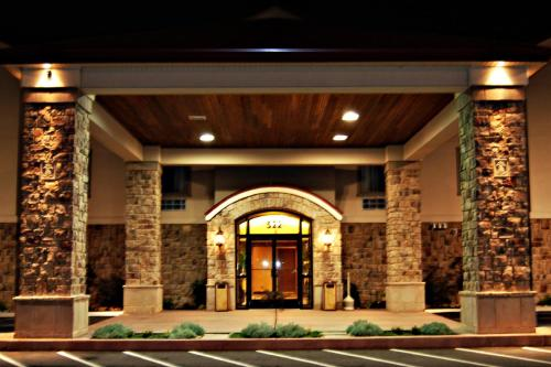 . Bethel Inn and Suites
