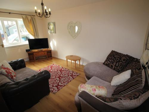 2 Bedroom Cottage In Cardiff, Cardiff