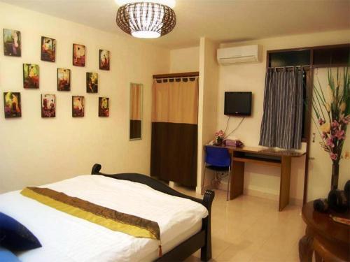VareeVara Apartment photo 13