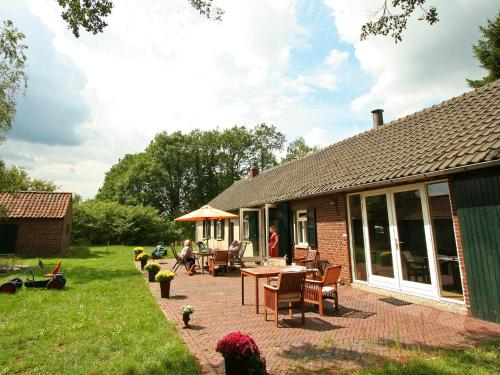 . Spacious Farmhouse near Forest in Stramproy