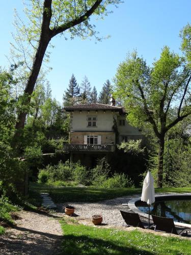 . Hostellerie Restaurant Les Gorges de l'Aveyron