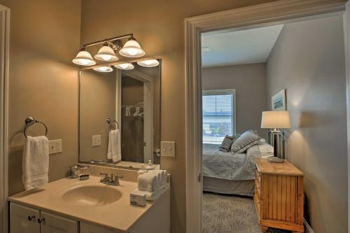 Condo with Balcony, Walk to Dining & Lake Mich! Main image 1