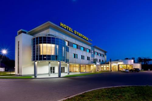 . Hotel Symfonia Osjaków