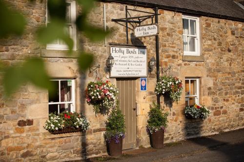 . Hollybush Inn