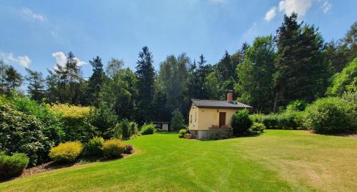 Garden cottage U lesa pod Radyní - Apartment - Starý Plzenec