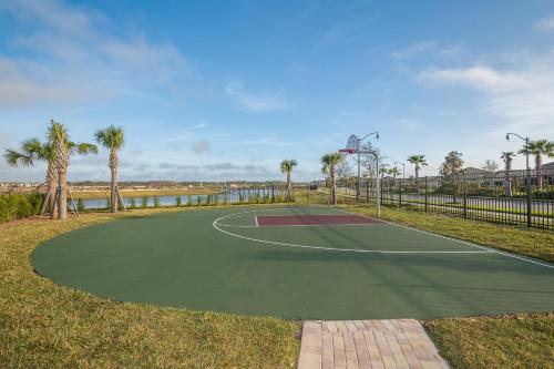 LP4824 Storey Lake Home 4Beds 3baths Private Pool and Free Waterpark