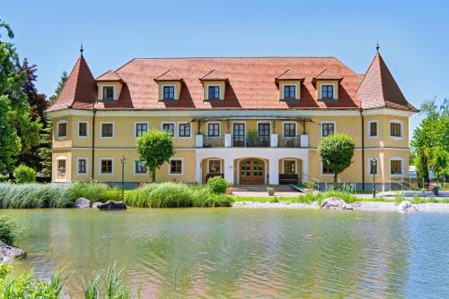 Almtalhotel Pettenbach, Pension in Pettenbach bei Kirchdorf an der Krems
