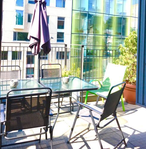 Apart Hotel Montreal By Les Terrasses Saint Urbain