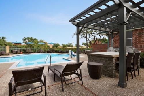 Homewood Suites Dallas-Addison - Hotel