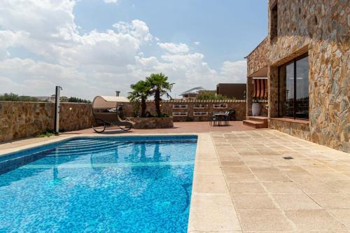 Chalet de Lujo en Aranjuez alquilado por Habitaciones en suite con baño dentro de la habitación - Hotel - Aranjuez