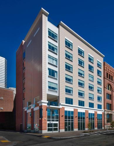 . Fairfield by Marriott Pittsburgh Downtown