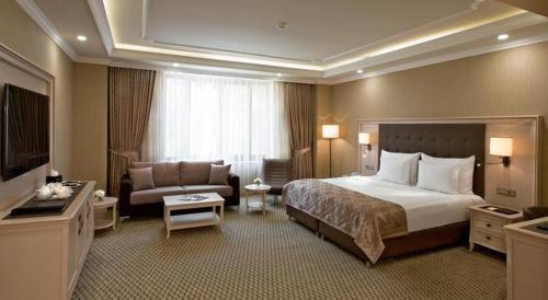 Room #105302233