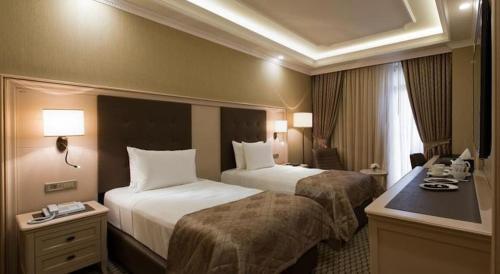 Room #105302235
