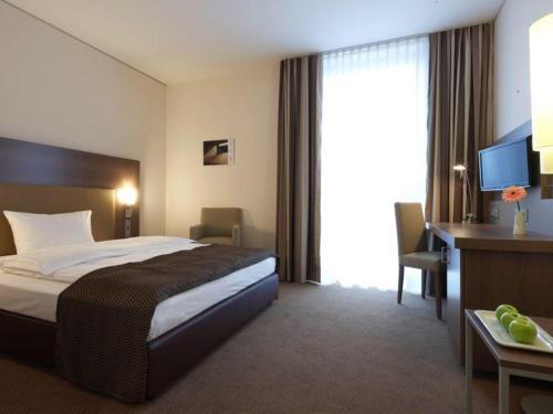 Room #23689925