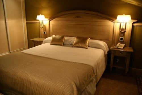 Room #1690417