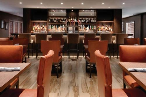 Embassy Suites by Hilton Scottsdale Resort - Scottsdale, AZ AZ 85250