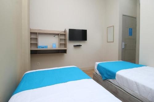 COZROOMS near MRT, Plaza Indonesia, and Grand Indonesia