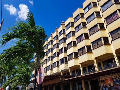 Hotel Grand Crystal