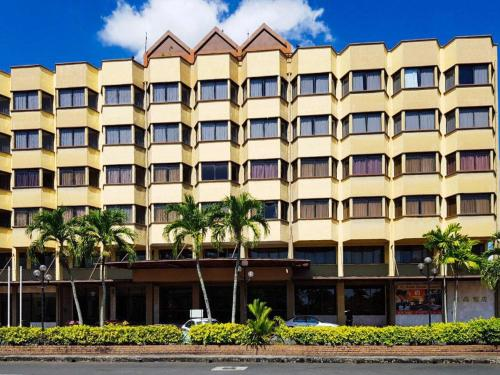 Hotel Grand Crystal - Photo 2 of 30