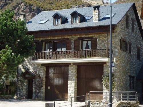 . Casa Rural la Comella