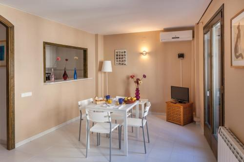 Hola Sitges Apartments II photo 14