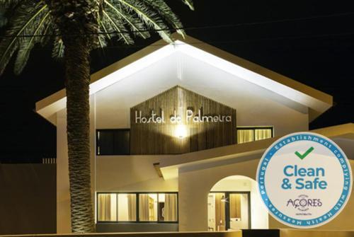 . Hostel da Palmeira