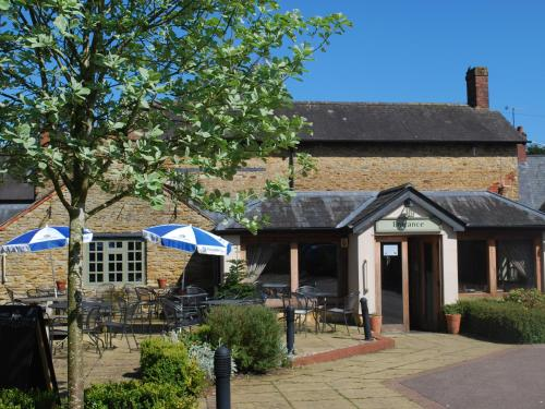 The Fox At Farthinghoe, Banbury