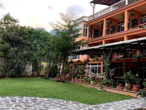 . Villas Jabel Tinamit Suites