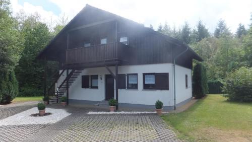 Ferienwohnung Edith - Hotel - Thalfang