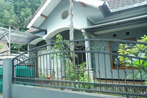 Villa Sulfat, Malang