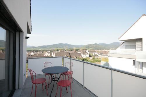 Appartement Clos des Clarisses avec Terrasse - Apartment - Sigolsheim