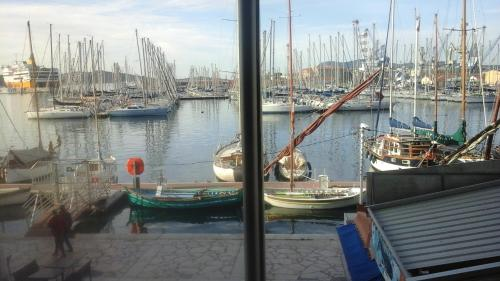 Appart Hotel pour séjours moyennes et longues durées - Location saisonnière - Toulon