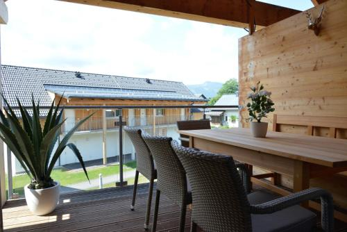 . Alpine Chalet Lisa Top 7 by AA Holiday Homes