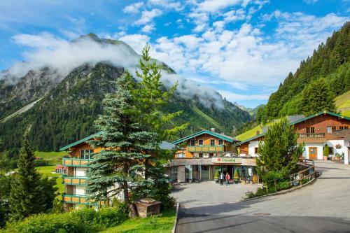 Der Kleinwalsertaler Rosenhof - Hotel - Mittelberg