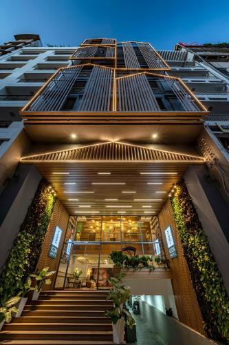 . Icon Saigon - LifeStyle Design Hotel