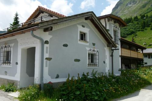Ferienwohnung Grischuna - Apartment - Bivio